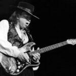 Stevie Ray Vaughan op guitarpoll.com
