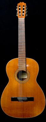 Juan Salvador klassieke gitaar guitarpoll