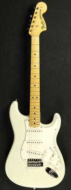 Fender 1969 Stratocaster Custom Shop guitarpoll