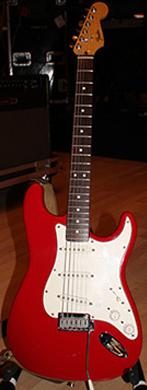 Fender Stratocaster SH-modified guitarpoll