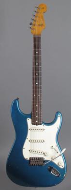Fender Stratocaster Lake Placid Blue guitarpoll